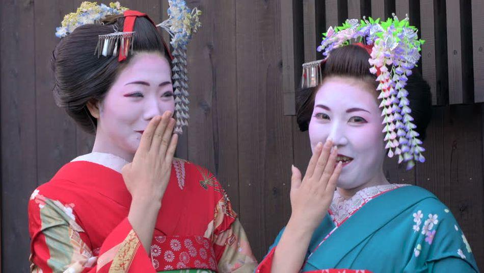 Laughing in Japan
