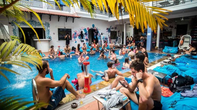 Party Hostels In Siem Reap